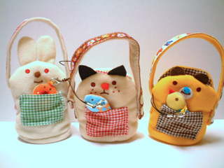 DECOLEiƒfƒRƒŒj mashmelloƒP[ƒ^ƒCƒ|[ƒ`/chocoA :  kitty bag kawaii bunny